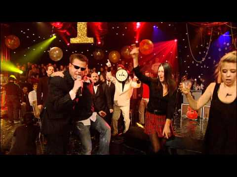 Madness - Baggy Trousers - Hootananny 2007.mpg