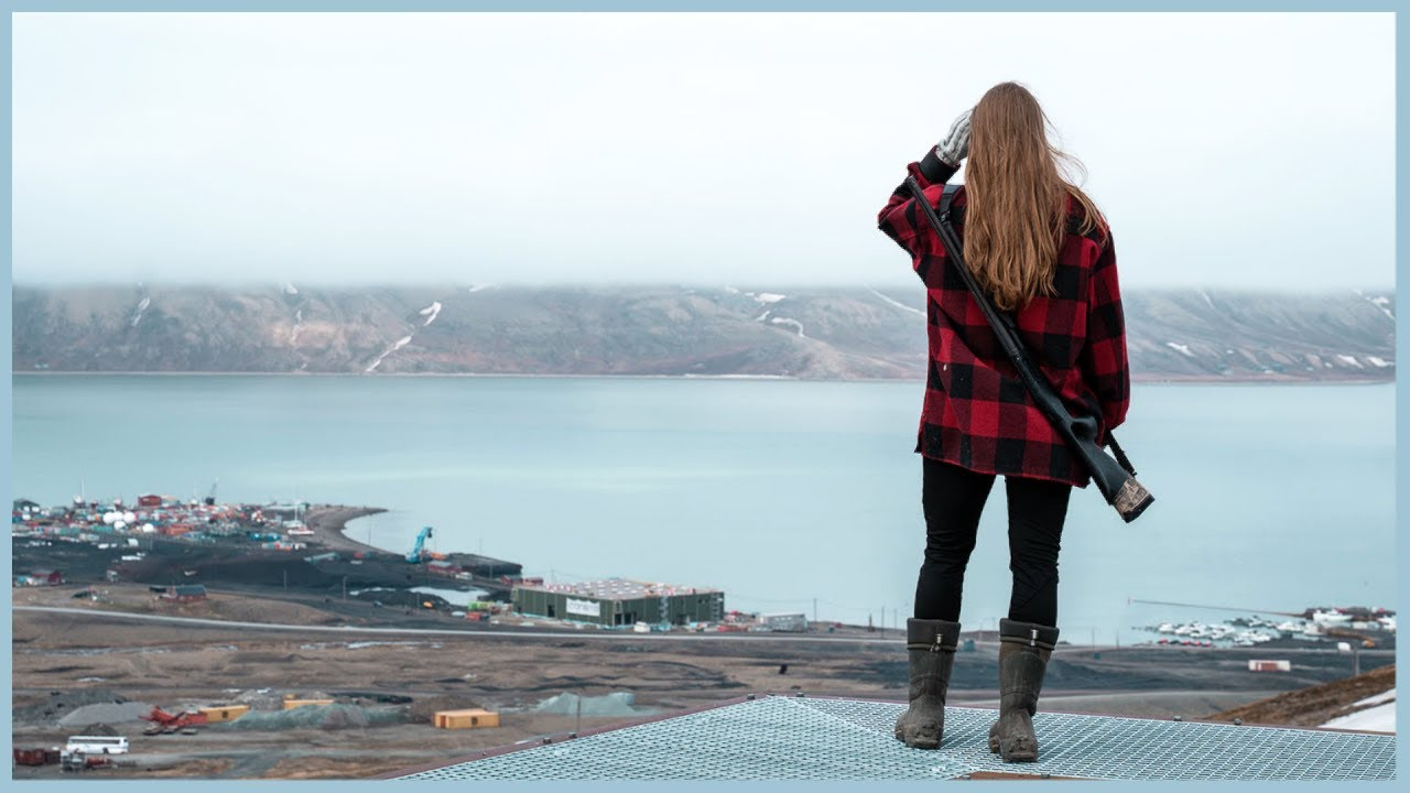 Everyday life in an arctic small town   SVALBARD