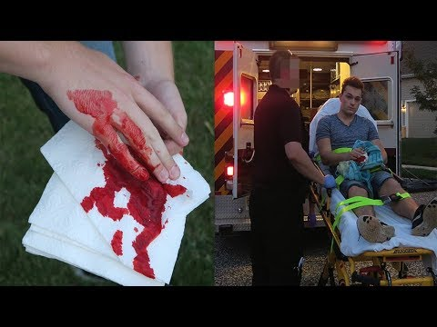 I CUT MY FINGER OFF! REAL LIFE FRUIT NINJA GONE WRONG! (DON † T TRY THIS)