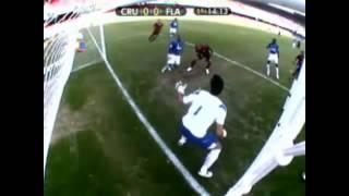 Fábio defende pênalti de Juan (Flamengo 2009) Cruzeiro 2x0 Flamego