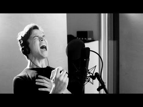 BAT OUT OF HELL - Das Musikvideo auf deutsch