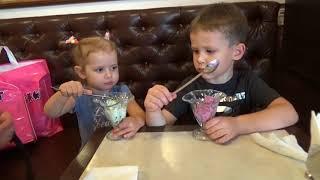 VLOG Шопинг в магазине игрушек делаем покупки Shopping in kids toys store