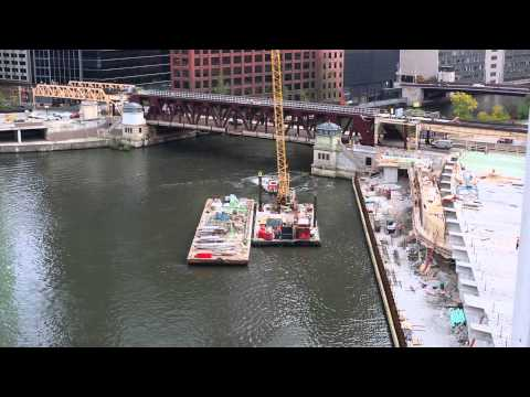 Construction Barge for 150 North Riverside in Chicago