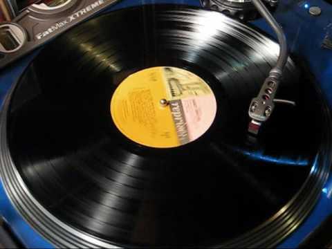 "Nancy Sinatra - ""Sugar Town"" 1967 STEREO"