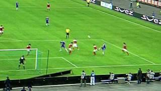 But de Zidane lors du match amicale France 98-Sélection mondiale (12 Juillet 2008)