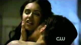 Stefan & Katherine kiss 1x06 ♥