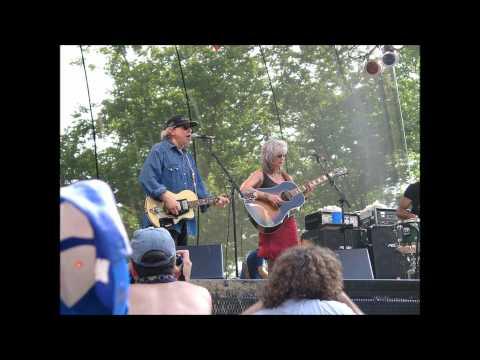 Emmylou Harris & Don Williams  -  If I Needed You