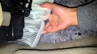 how to change the cabin air filter for nissan rogue 2015