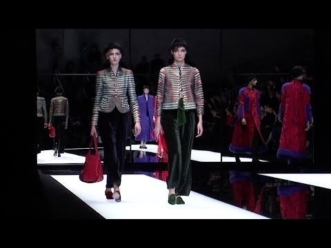 Giorgio Armani - 2017/2018 Fall Winter Women's Fashion Show