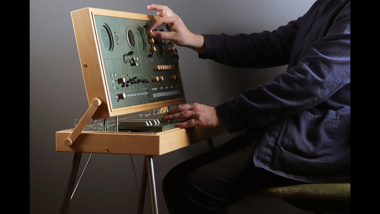 Download EC1 - Custom synthesizer