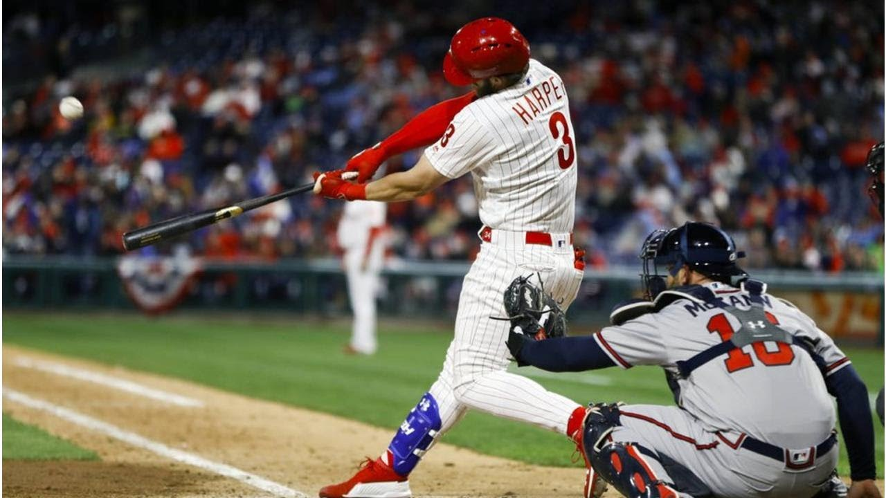Harper homers again to lead Phillies' sweep of Braves