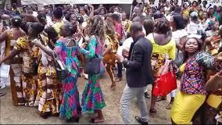 Cérémonie de remise de brevets à 235 jeunes femmes de Selembao