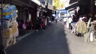 Streets Of Itaewon In Seoul 4