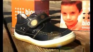 видео Детская обувь Biomecanics. Обувь для детей от фирмы Biomecanics. Итальянская детская обувь