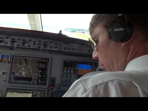 Dassault Falcon 7X Approach And Landing At Zurich