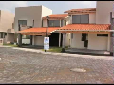 Residencial villa toscana balvanera youtube for Piani casa villa toscana