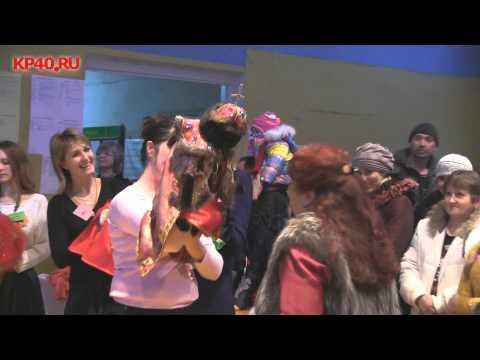 """Кошки принарядились к """"зимнему вернисажу""""/ Funny Cat Carnival"""