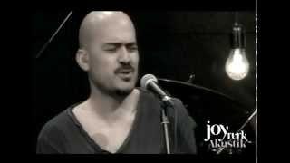 Toygar Işıklı - Seni Kimler Aldı (JoyTurk Akustik)