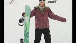 Snowboarding Tips : Snowboarding Tips: Goofy Foot or Regular?