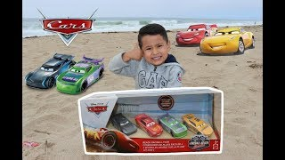 Mattel Disney Cars 3 Fireball Beach Racers 4 pack at the beach, H.J. HOLLIS, JACKSON CRUZ MCQUEEN
