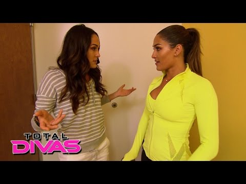 The Bellas propose a new business venture to their family: Total Divas Preview Clip, Aug. 18, 2015