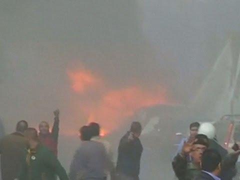 Lebanon car bombing targeting leading politician kills 5, injures 70