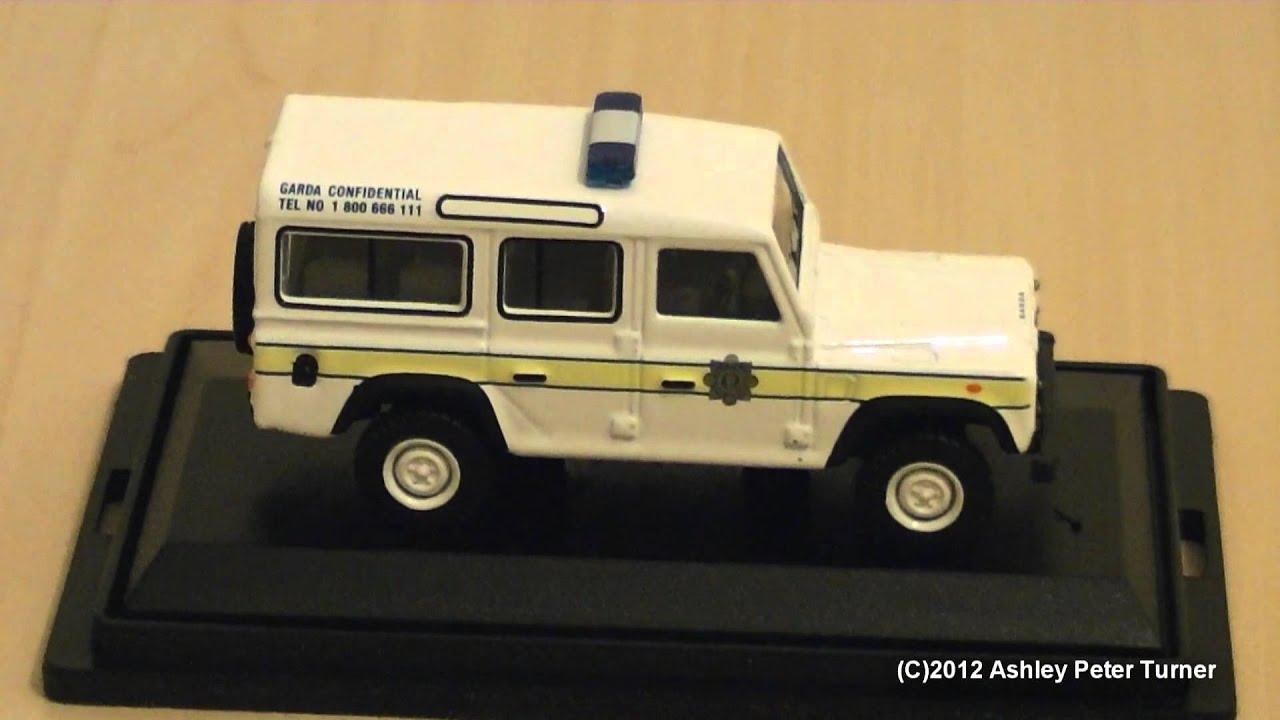 Oxford Diecast Land Rover Defender 110 Garda Irish Police