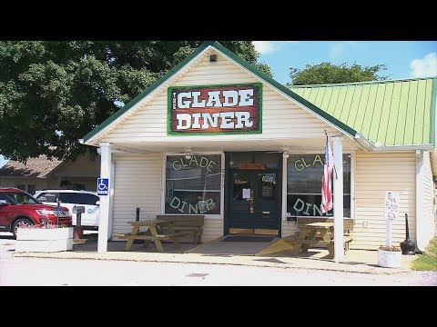 The Glade Diner | Tennessee Crossroads | Episode 3215.2