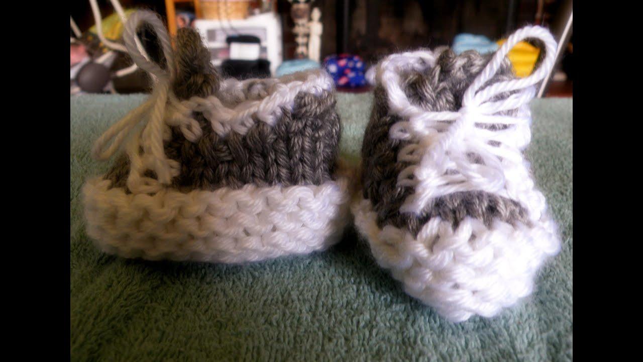 How To Loom Knit Tennis Shoe Booties Circular Loom - YouTube
