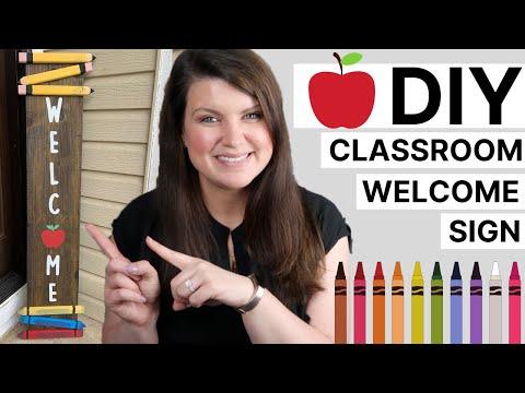DIY Teacher Welcome Sign | Wood Classroom Entryway Sign