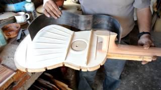 ¿Cómo se fabrica una guitarra fina en Paracho, Michoacán?