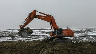 Dropping Boulders & Digging Rock   Hitachi EX1200