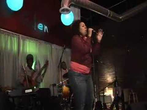 Chantae Represents Her FOG as an Incredible Soulful Singer