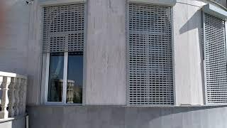 """Մոնտաժ """"Ռոմէրսոն""""ՍՊԸ, ռուլոնային ճաղավանդակ(роллетная решетка) Alutech բրենդի."""
