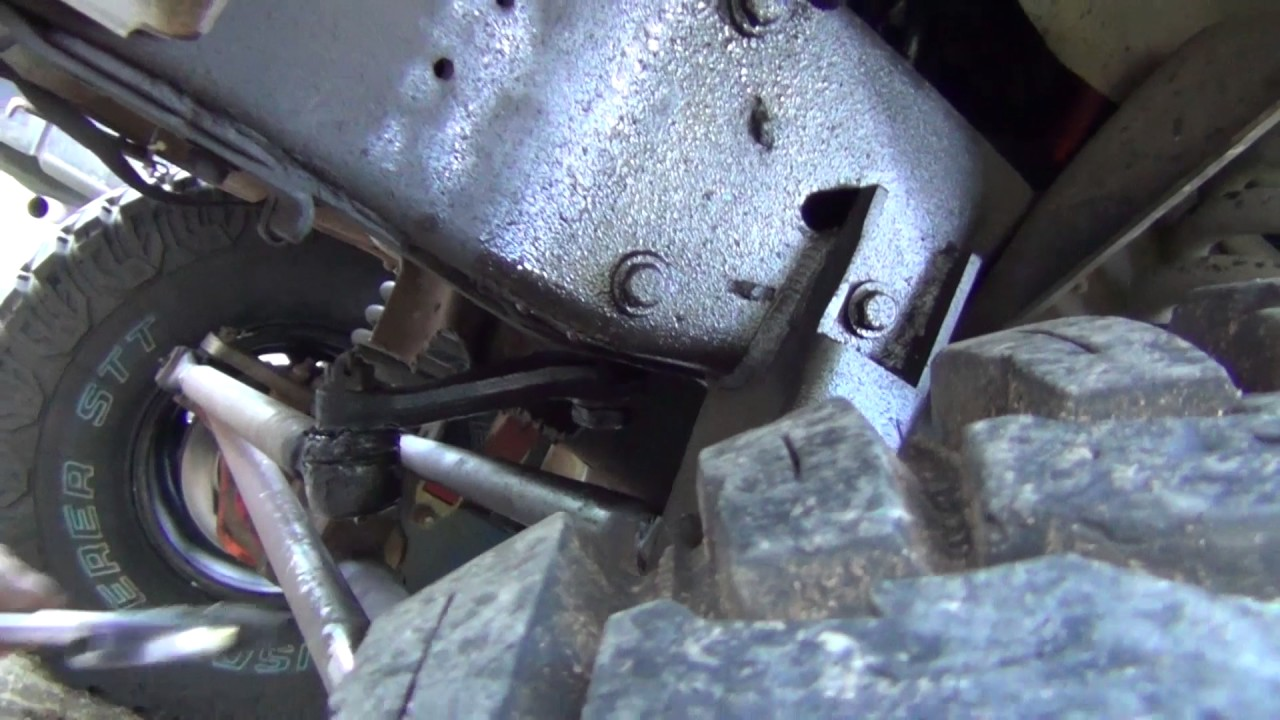 Bronco Shenanigans Redhead Steering Gear Swap Youtube