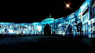 Световое шоу на Дворцовой площади в честь столетия революции