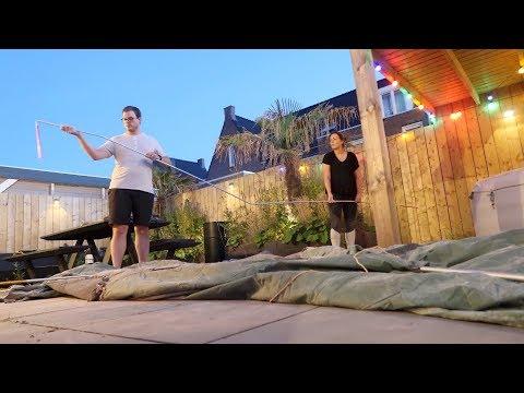 Onze Burning Man tent in de tuin opzetten | Vloggloss 1365