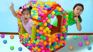 Suri Playing with Colored Balls Playhouse Toy