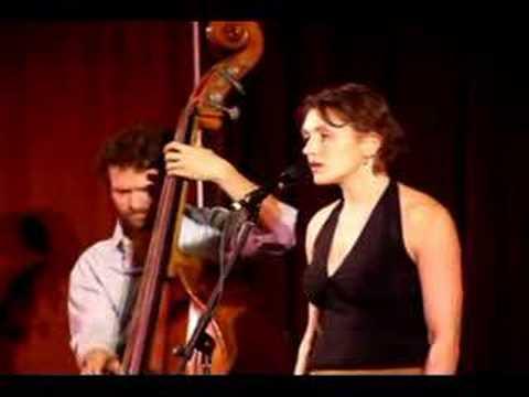 Jen Chapin Trio Performs