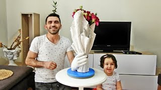 Make Vases and Flower Pots with Gloves,