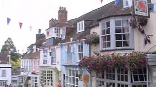 Lymington, in the district of New Forest, Hampshire, England. ( 1 )