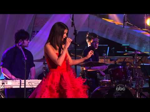 Selena Gomez - Dancing with the Stars (2011-04-05)