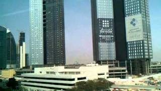 Dubai Metro - Drive to Financial Centre