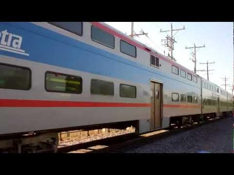 Metra F40PH #135 & A Pullman Metra Car In Kenosha, Wisconsin