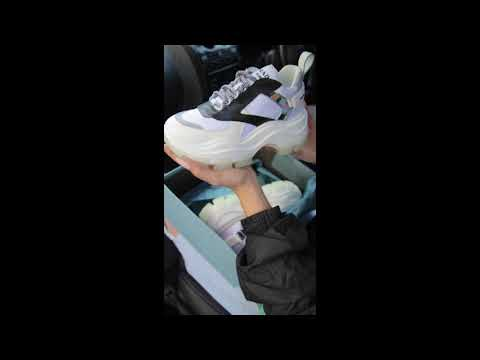 Кроссовки Prada White Женские, Белые, Натуральная Кожа /Текстиль. Кросівки Жіночі Білі Кожа