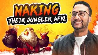 MAKING THEIR JUNGLER AFK!!! | APHROMOO