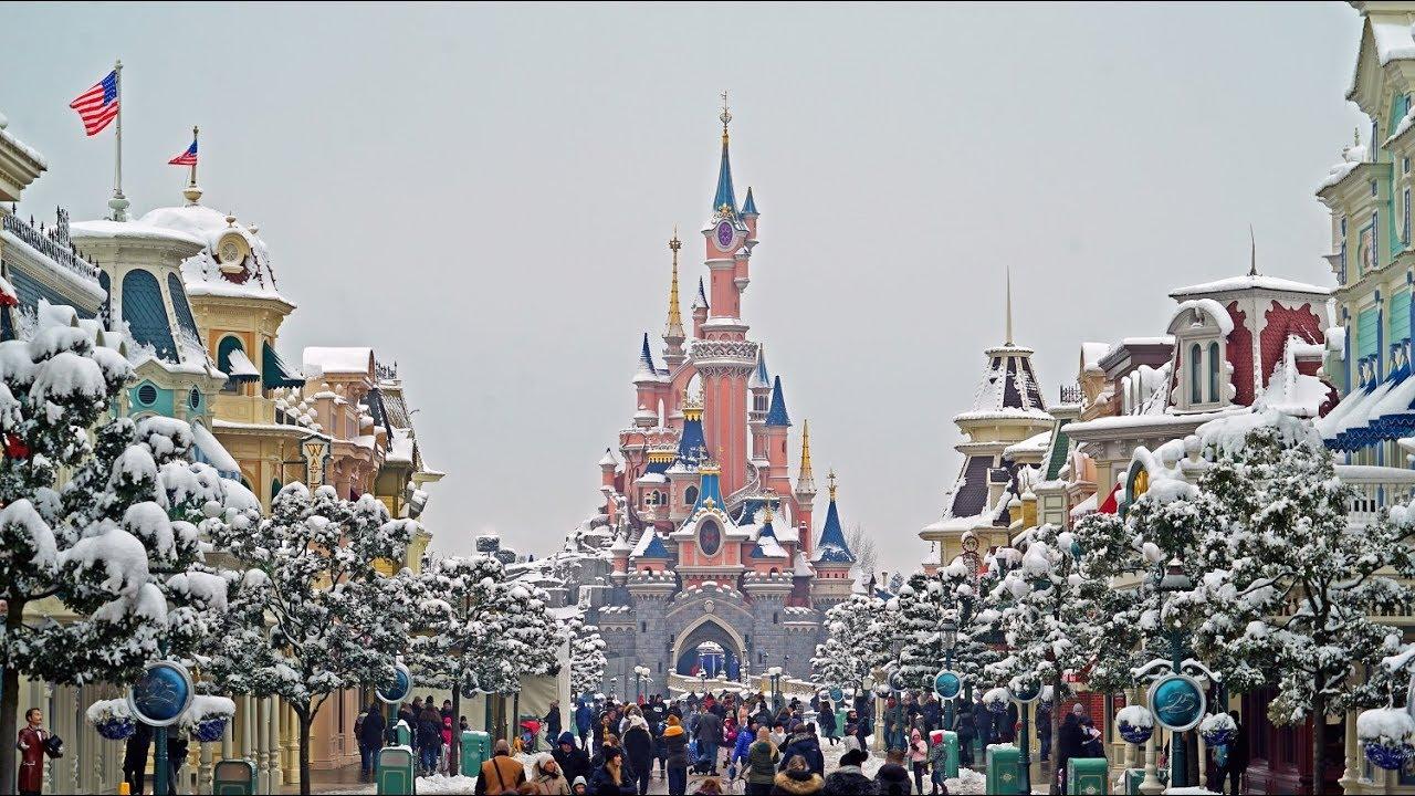 Snow at Disneyland Paris - Complete Walkthrough [4K] - YouTube