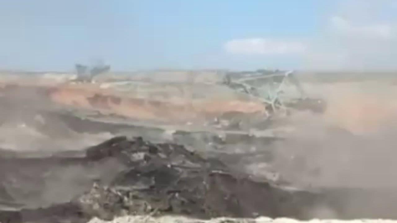 b209740f9e Αμύνταιο  Η κατολίσθηση στο ορυχείο εξαφανίζει το χωριό Ανάργυροι -  Ανυπολόγιστες καταστροφές - Άλλαξε ο χάρτης της περιοχής! - Ειδήσεις