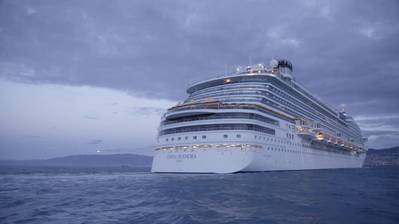 Costa Diadema Taufe Einlaufen In Genua