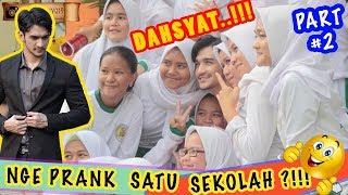 Gambar cover Nge PRANK SATU SEKOLAH BARU LUAR BIASAAAA.!!! baperin cewek satu kelas PART2